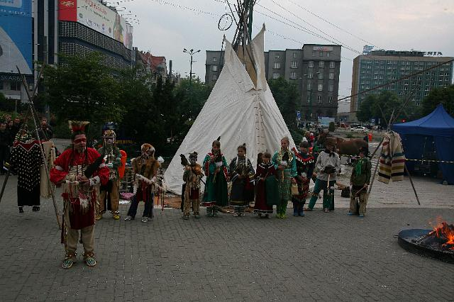 tipi_professional_team_Indian_rise_of_the_sun_poland68